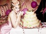 90049_Kylie_Minogue_-_Ellen_Von_Unwerth_2009_-_07_122_1172lo